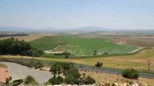 megiddo sletten med Golan i horisonten